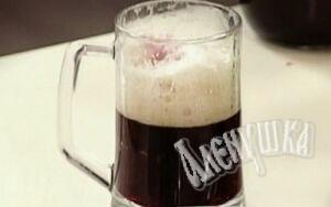 Коктейль с пивом Рецепт: Темное пиво Сок черной смородины.